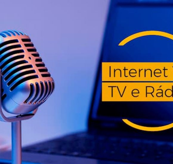 Internet Vs Tv - RA Mídias